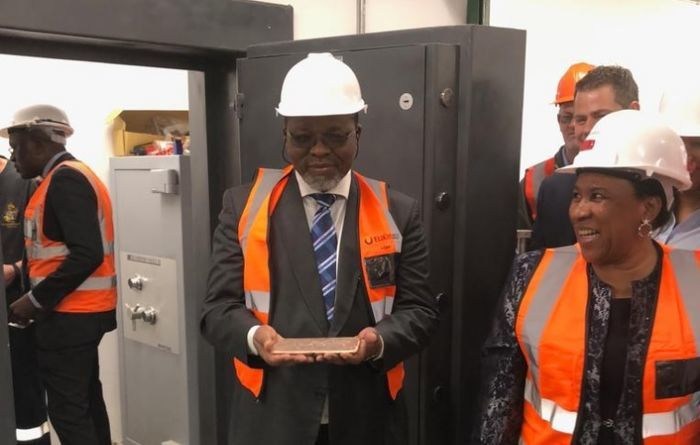 Inaugural gold pour at Elikhulu tailings retreatment plant