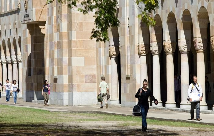 UQ programme aims to refine new leaders