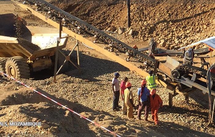 Huafei Gold Resources wins Manica contract