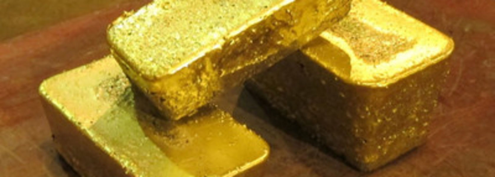 Castle Mountain marks first gold pour