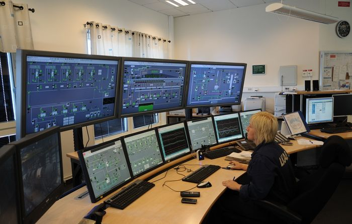 ABB adds high-performance version of AC500