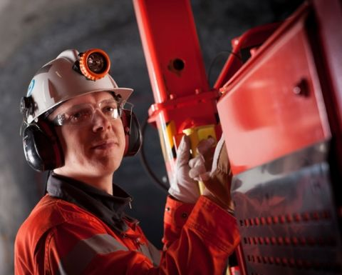 Sandvik closes Aussie sites