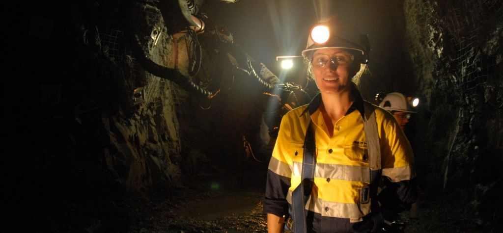 Australian mining industry's gender pay gap thinning: report