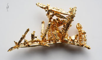 Nigeria launches domestic gold mine-to-market scheme