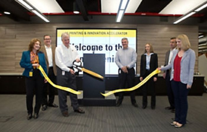 Caterpillar launches 3-D innovation spaces