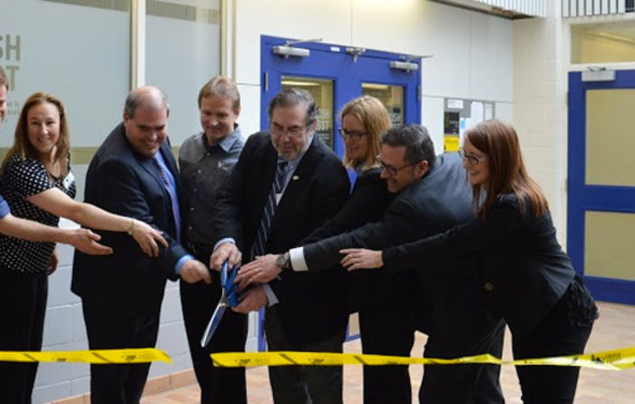 Laurentian opens new research lab