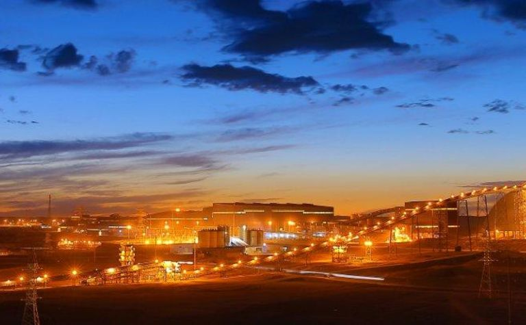 Oyu Tolgoi signs UG development contract