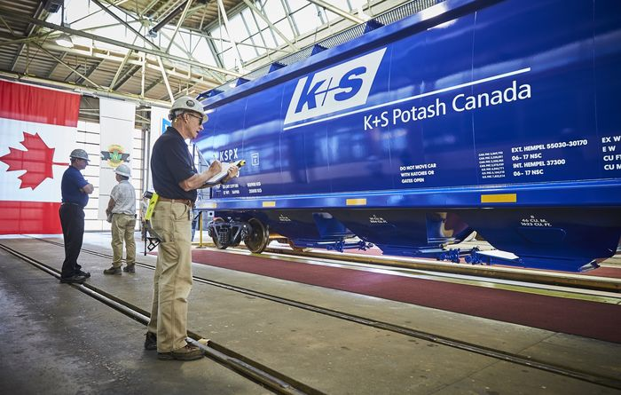 New domestic rail cars delivered to Bethune