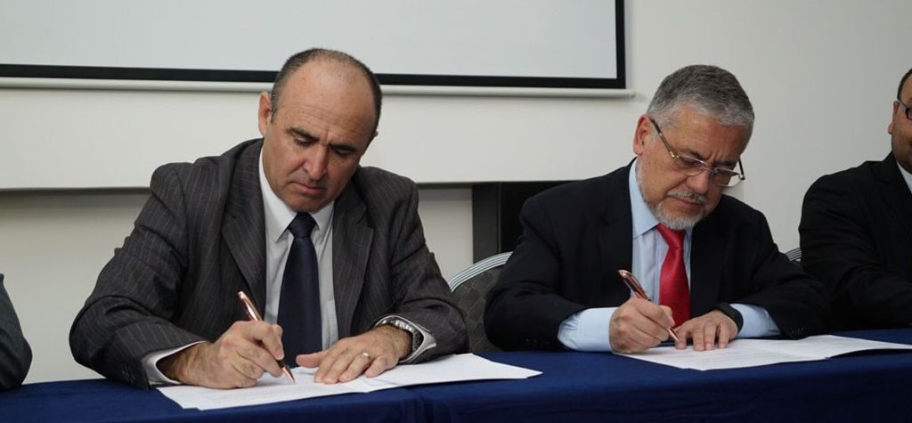 Zaldívar signs new power supply agreement