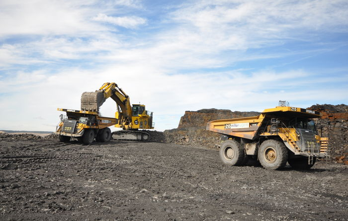 Ffos-y-fran and Finning hit 5Mt milestone