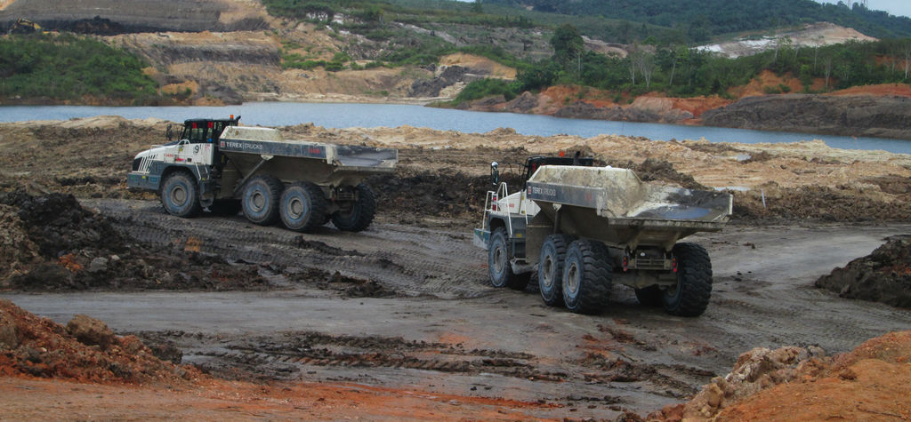 Terex Trucks TA400s shift overburden in Indonesia