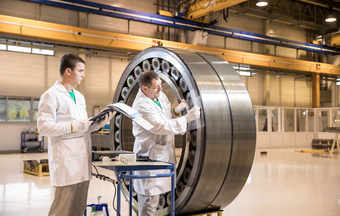 Schaeffler introduces sealed version of ISO spherical roller bearing