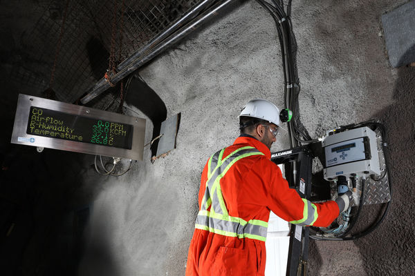 aestros igilante  is a thirdgeneration underground mine air quality monitoring station designed with an improved communication platform