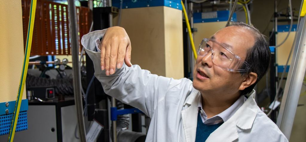High-temperature processing forges new paths