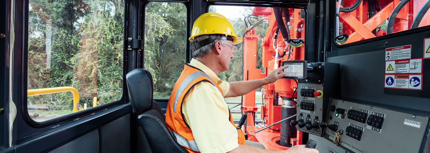 Sandvik launches xSeries rotary, DTH drills