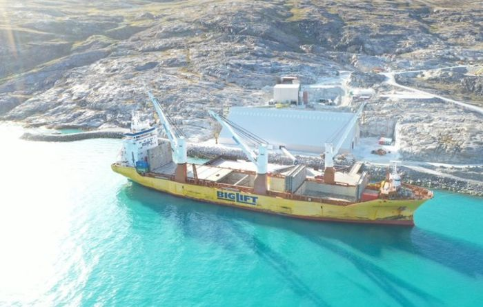 Hudson's first bulk shipment from Greenland mine