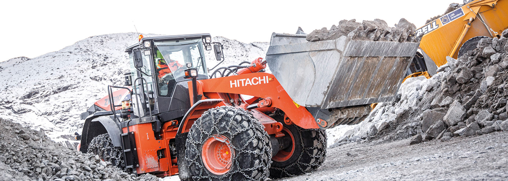 Hitachi fleet supports Aappaluttoq project