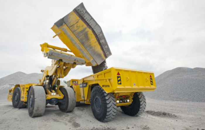 New side dump bucket from Atlas Copco