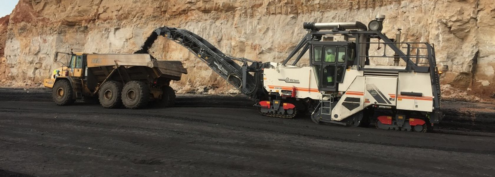 Wirtgen demos surface miner in SA