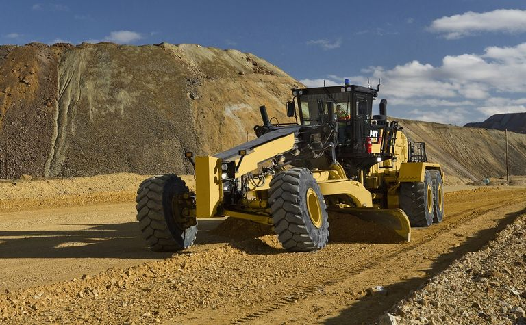 Cat launches optimised grader for haul roads