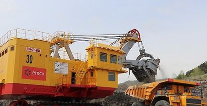 New excavator rolls in at Solntsevsky