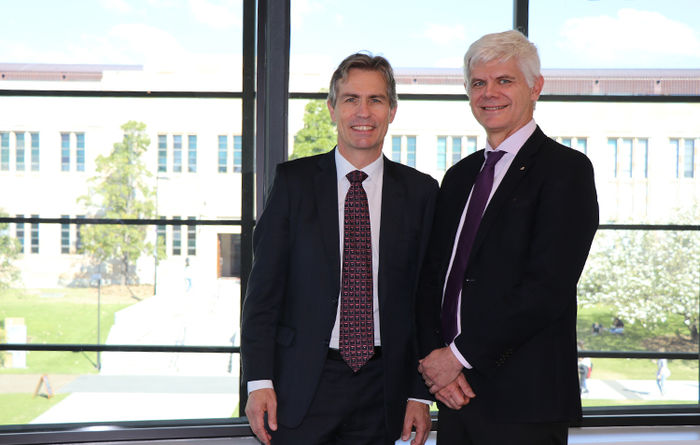 UQ, Newcrest sign research, education agreement