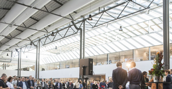 he inauguration ceremony was attended by around 500 olvo employees at ampus undby