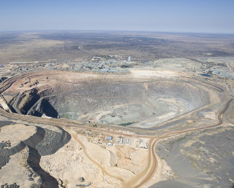 Debswana cancels Thiess' Jwaneng extension contract