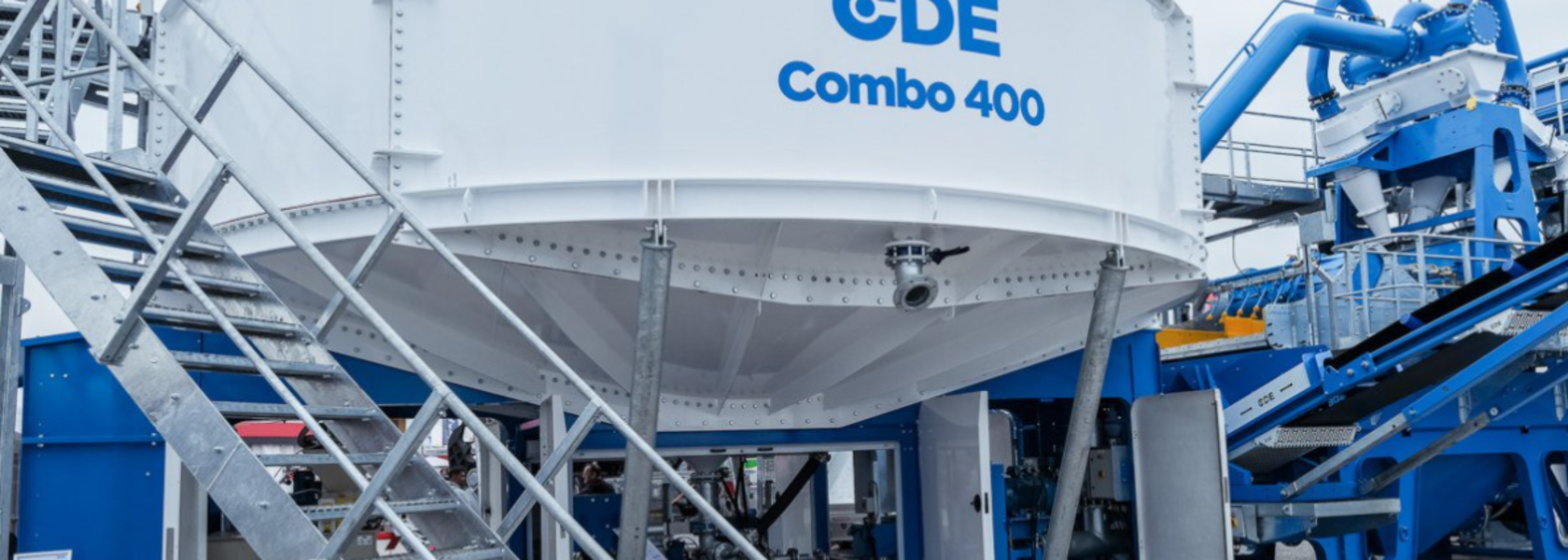 CDE combines wet processing steps in one system